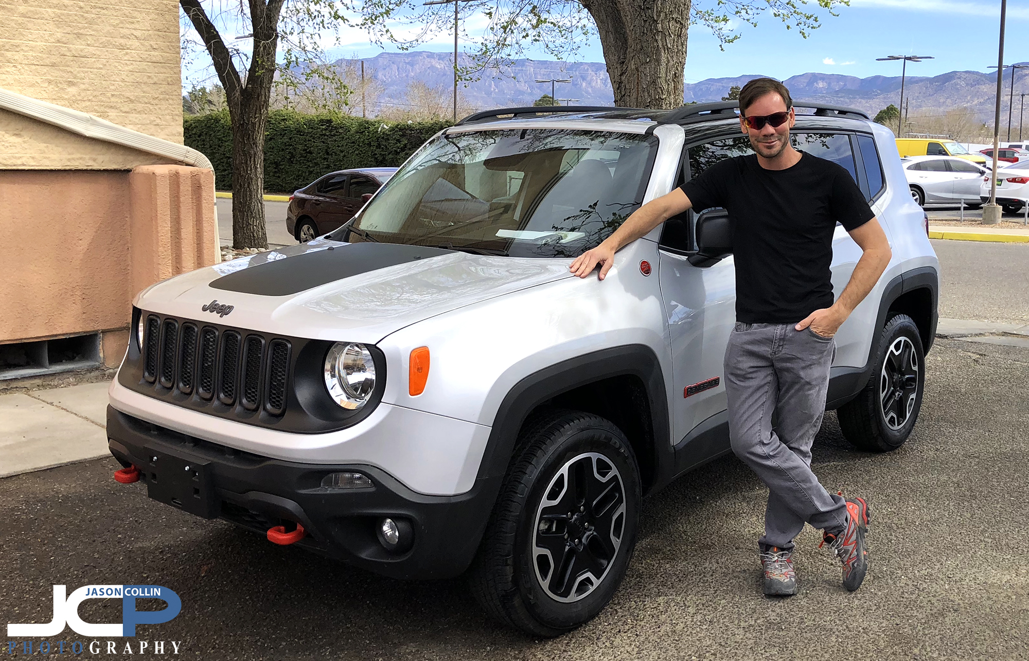 Picking up my new 2017 Jeep Renegade Trailhawk in Albuquerque, New Mexico