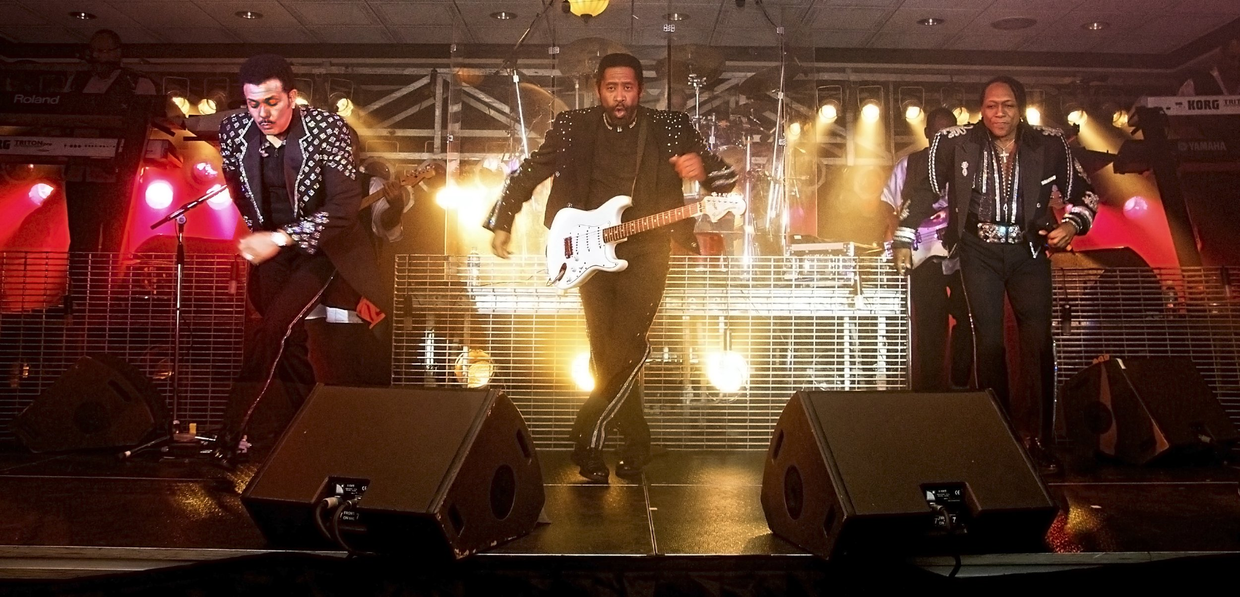the-commodores-FINAL-2011.jpg