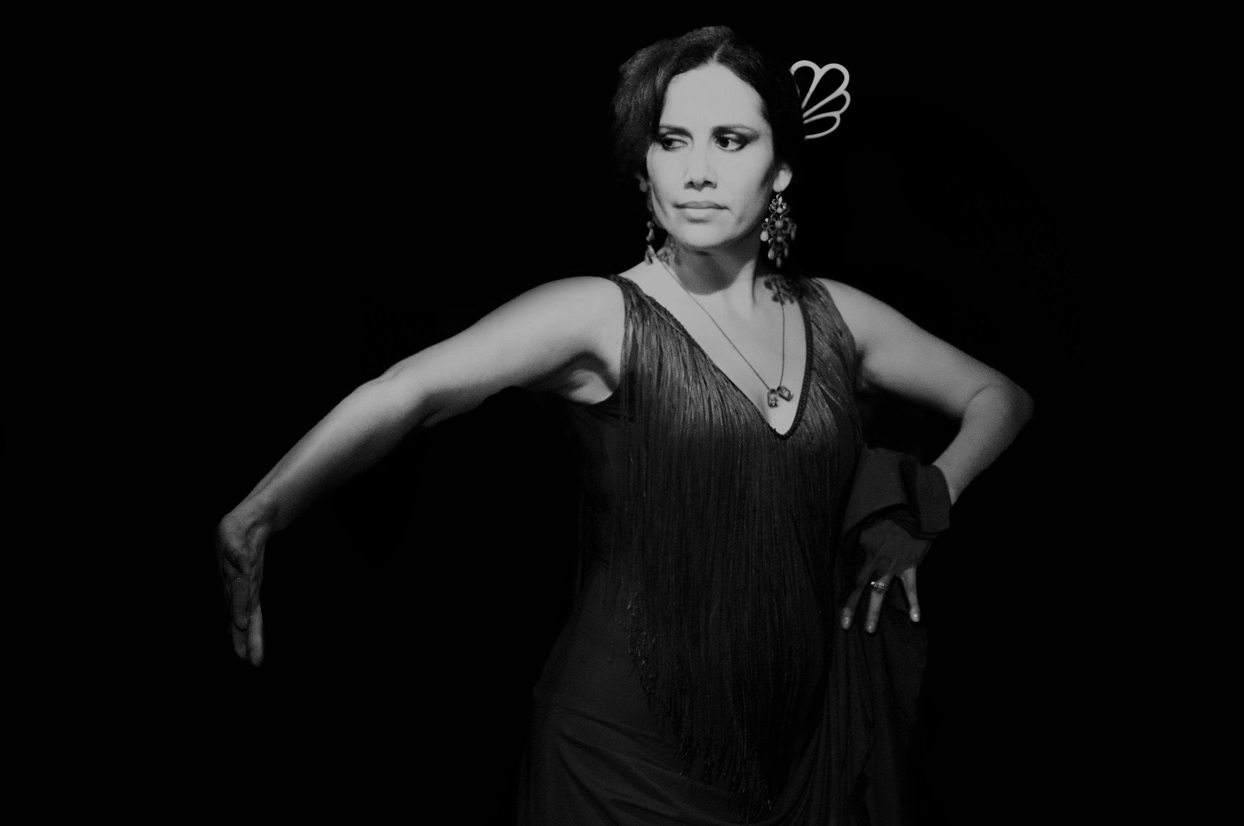 vanessa-12-08-2011-flamenco-33219 (2).jpg