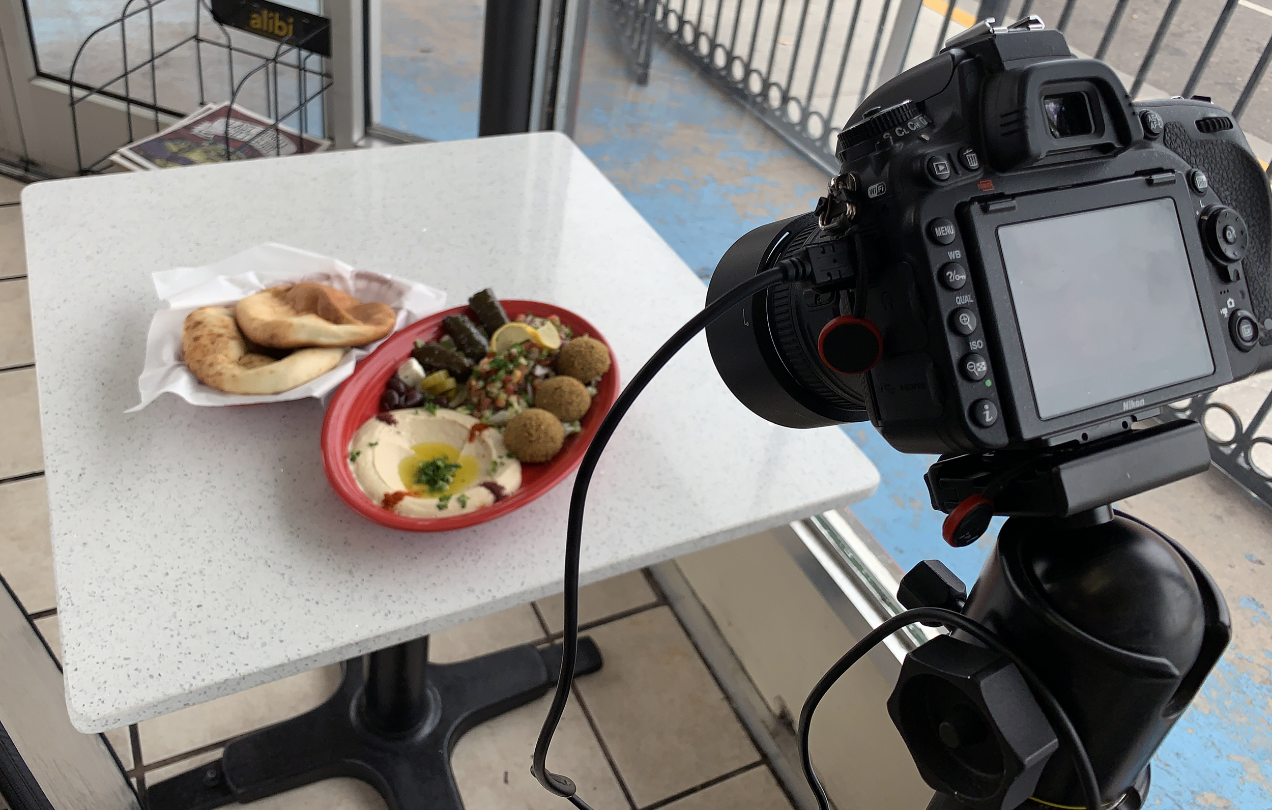 My setup for UberEats shoots, just add the reflector out of from to the left.
