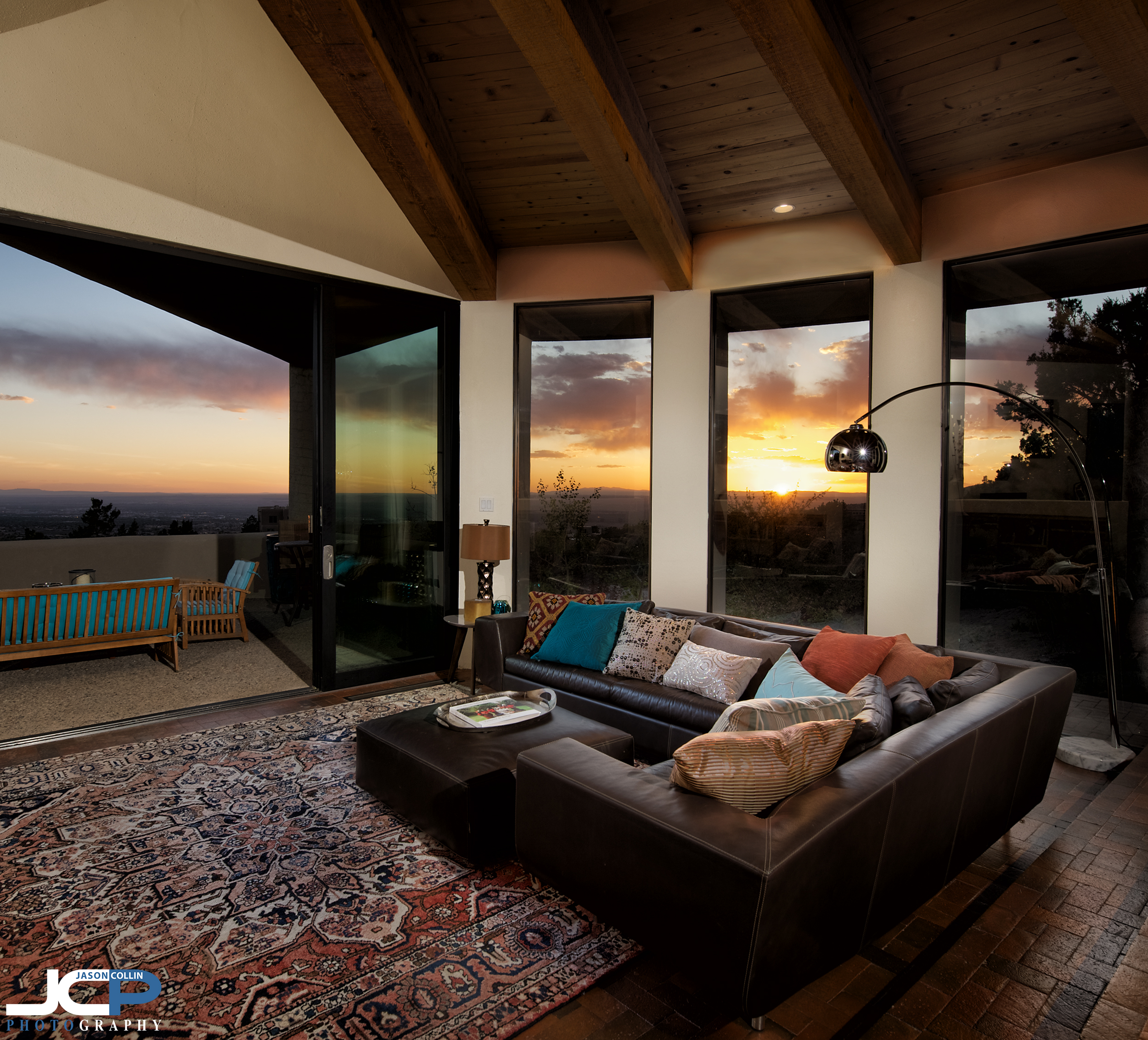 Five Favorite Category: COMMERCIAL — Flambient technique living room sunset