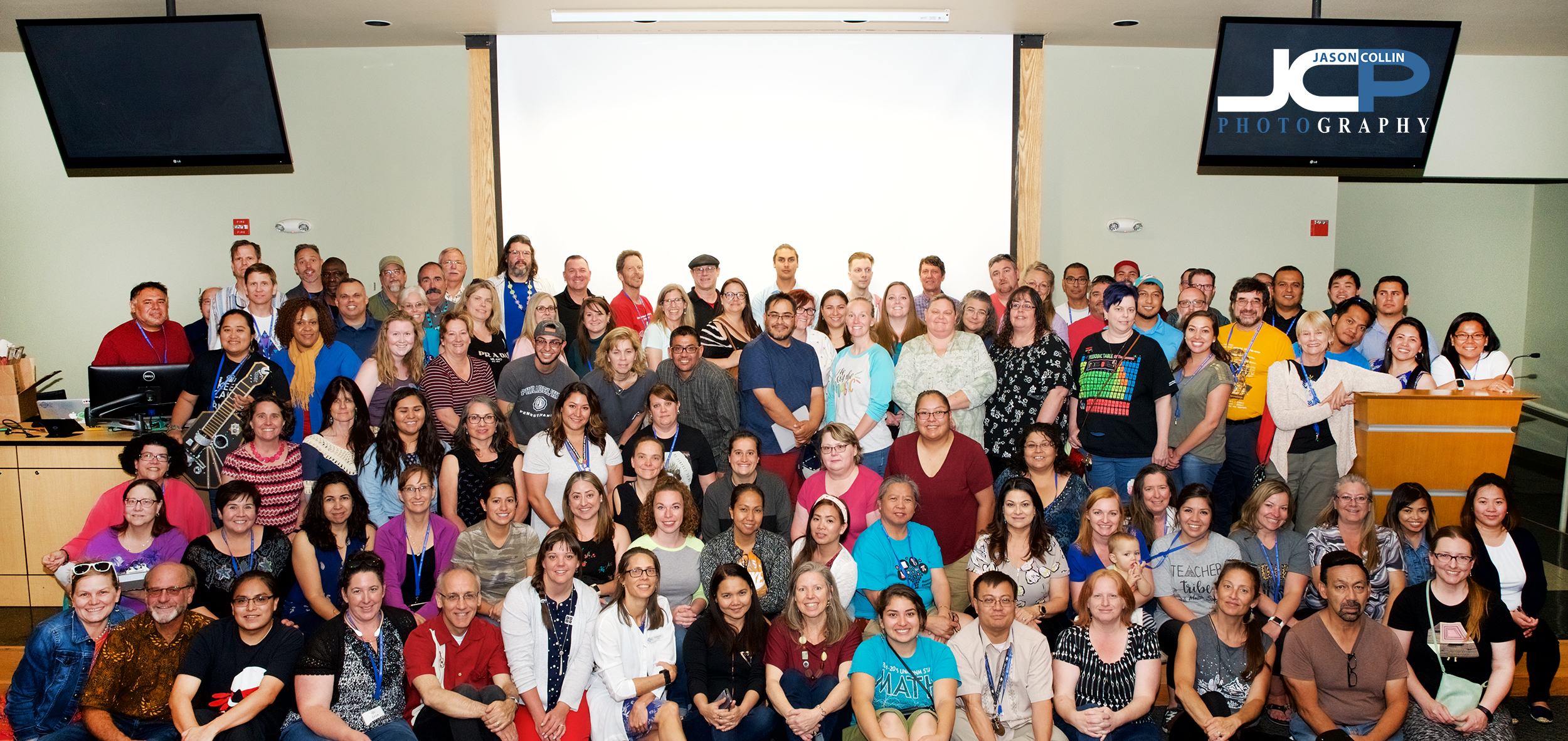 All the teachers of CS PD Week 2019 gather for a group photo at UNM