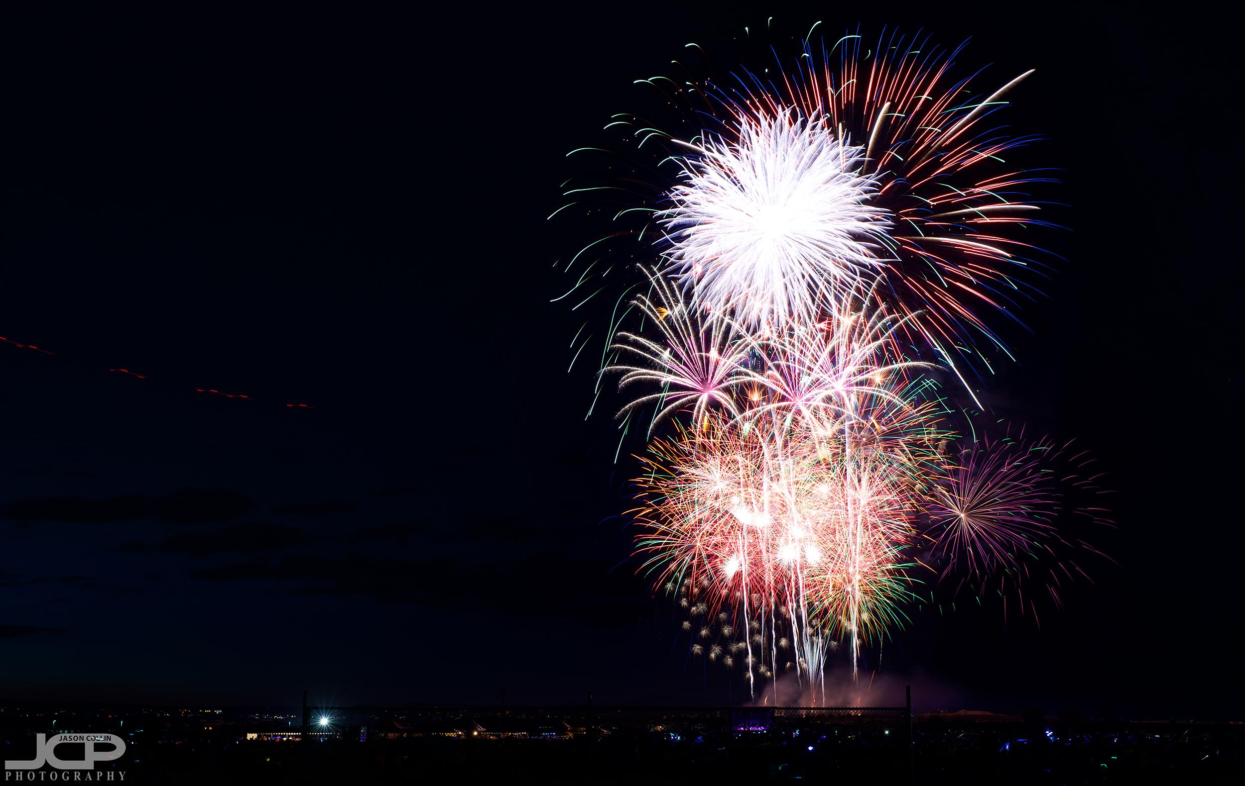 2019 Balloon Fiesta Park fireworks spectacular in Albuquerque New Mexico