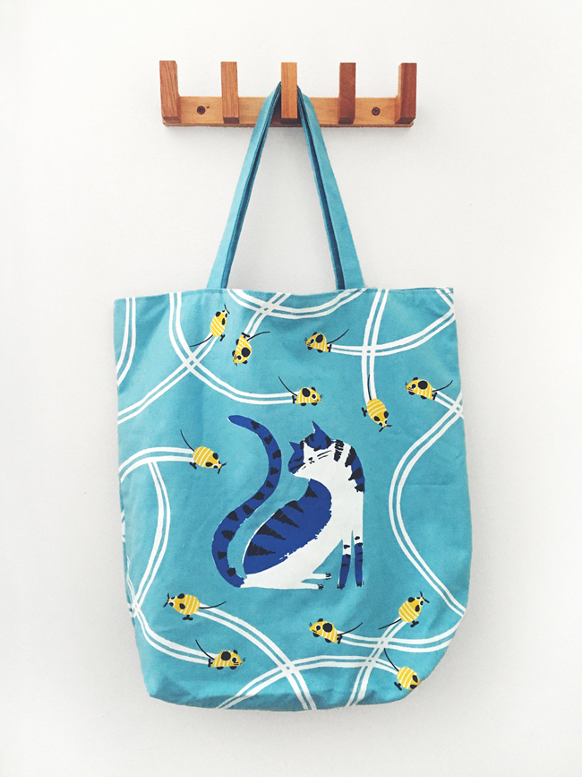 Penelope Dullaghan tote bag for Hill's Pets for cats - Scott Hull Assoicates