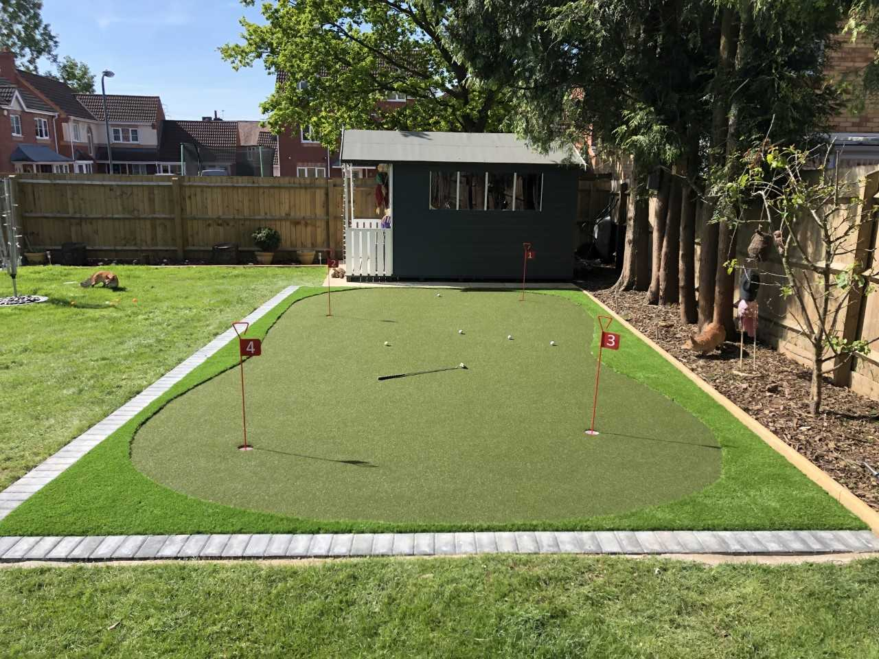 Putting Green Artificial Gr Installation