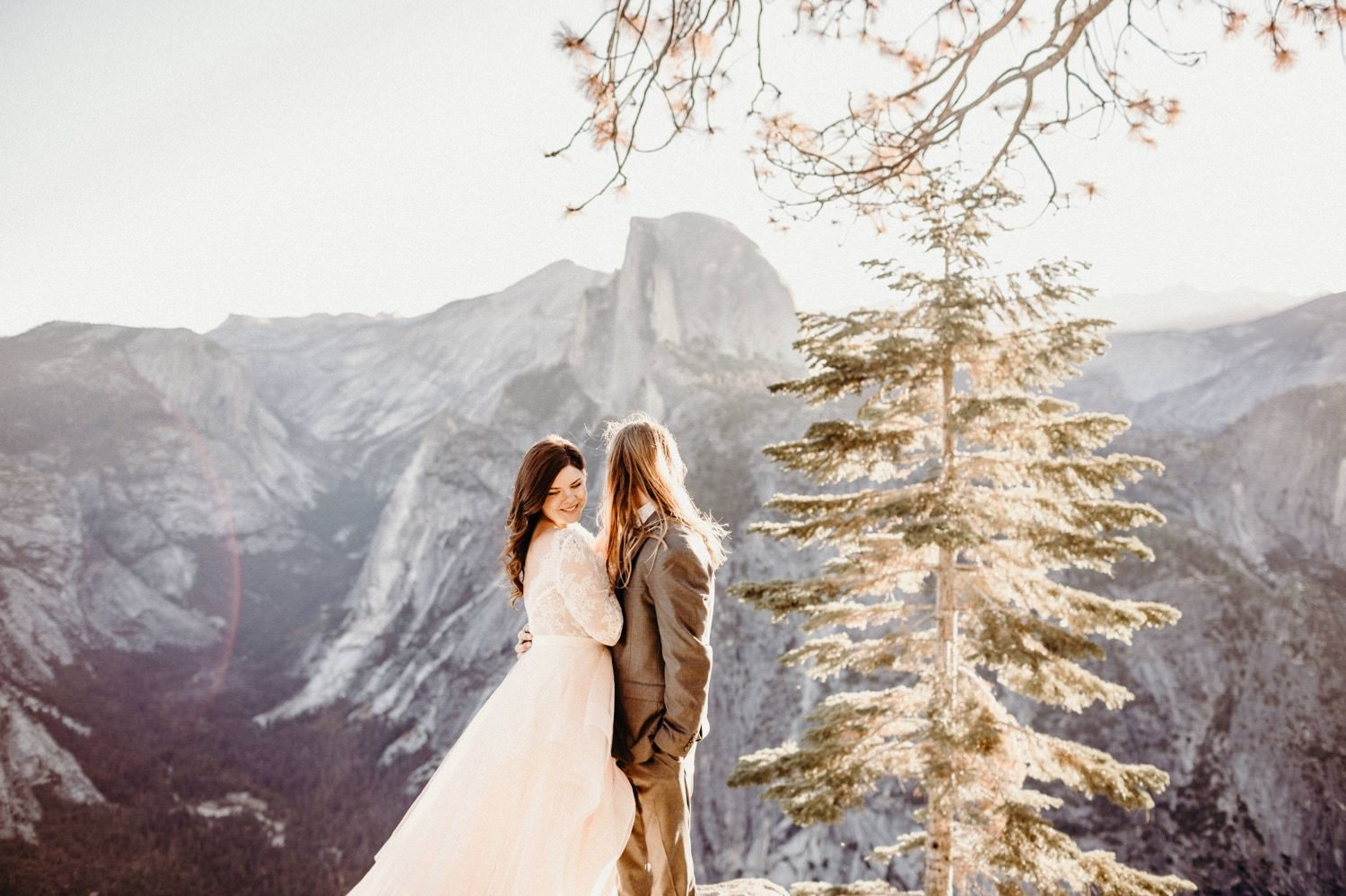 11_alex+matt-wedding-79_park_national_elopement_wedding_yosemite_intimate.jpg
