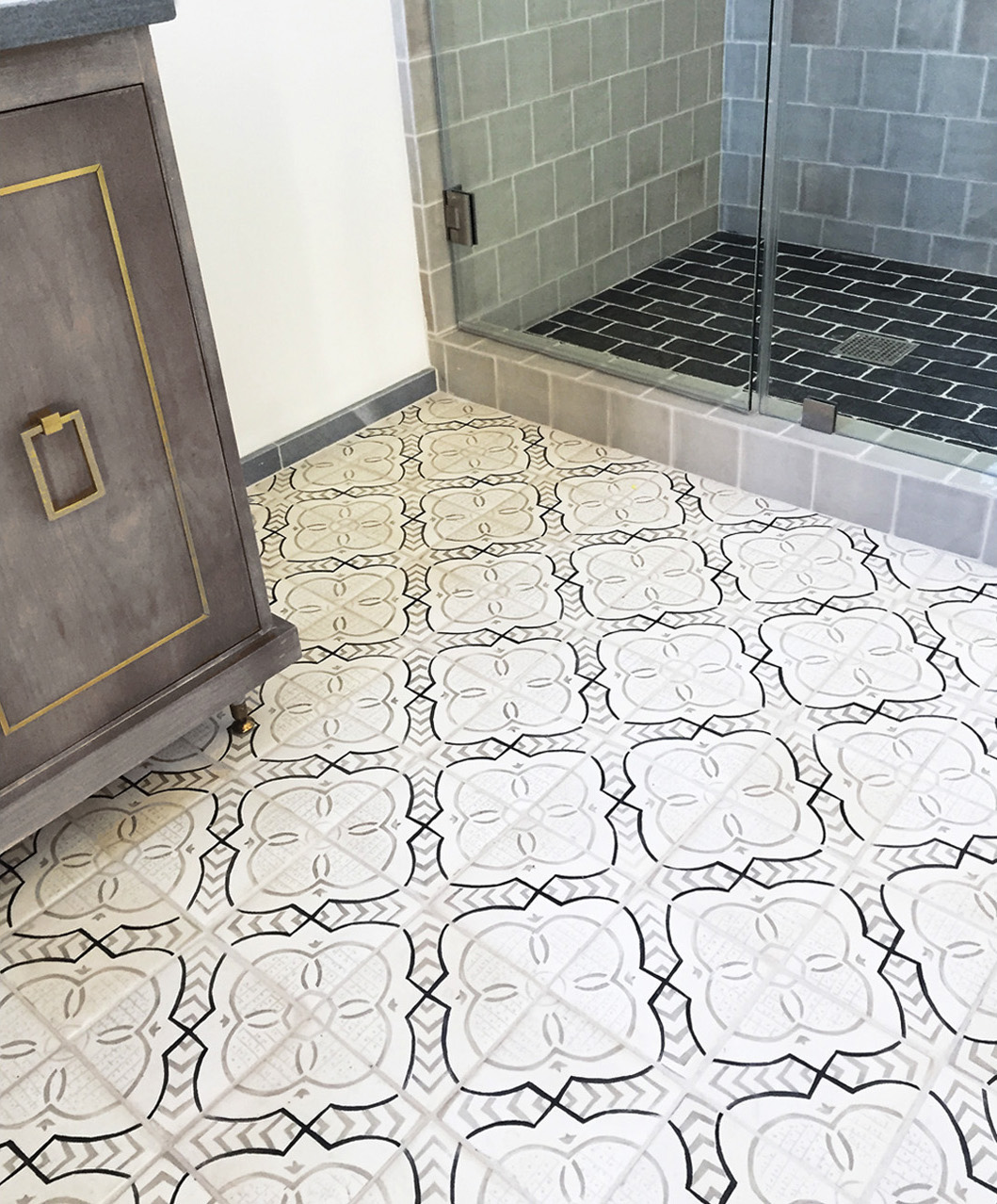 Paris Metro 17 bathroom or flooring tabarka.jpg