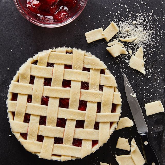 Easy Cherry Pie for The Essential Air Fryer Cookbook for Two #theessentialairfryercookbookfortwo #cookbook #callistomedia #foodstylist #foodphotography #airfryer #foodstyling #cherry #pie #cherrypie 📷 @eviabeler