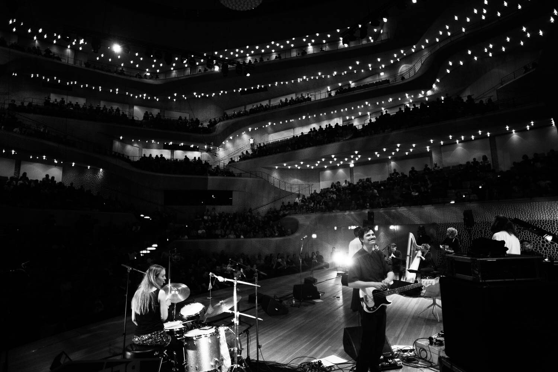 Photo: Tom Roelofs, Efterklang in Elbphilharmonie