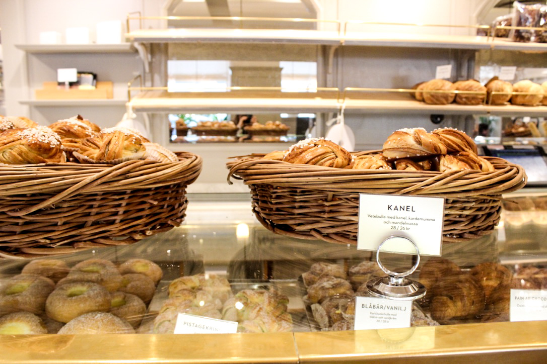 pastries at vetekatten