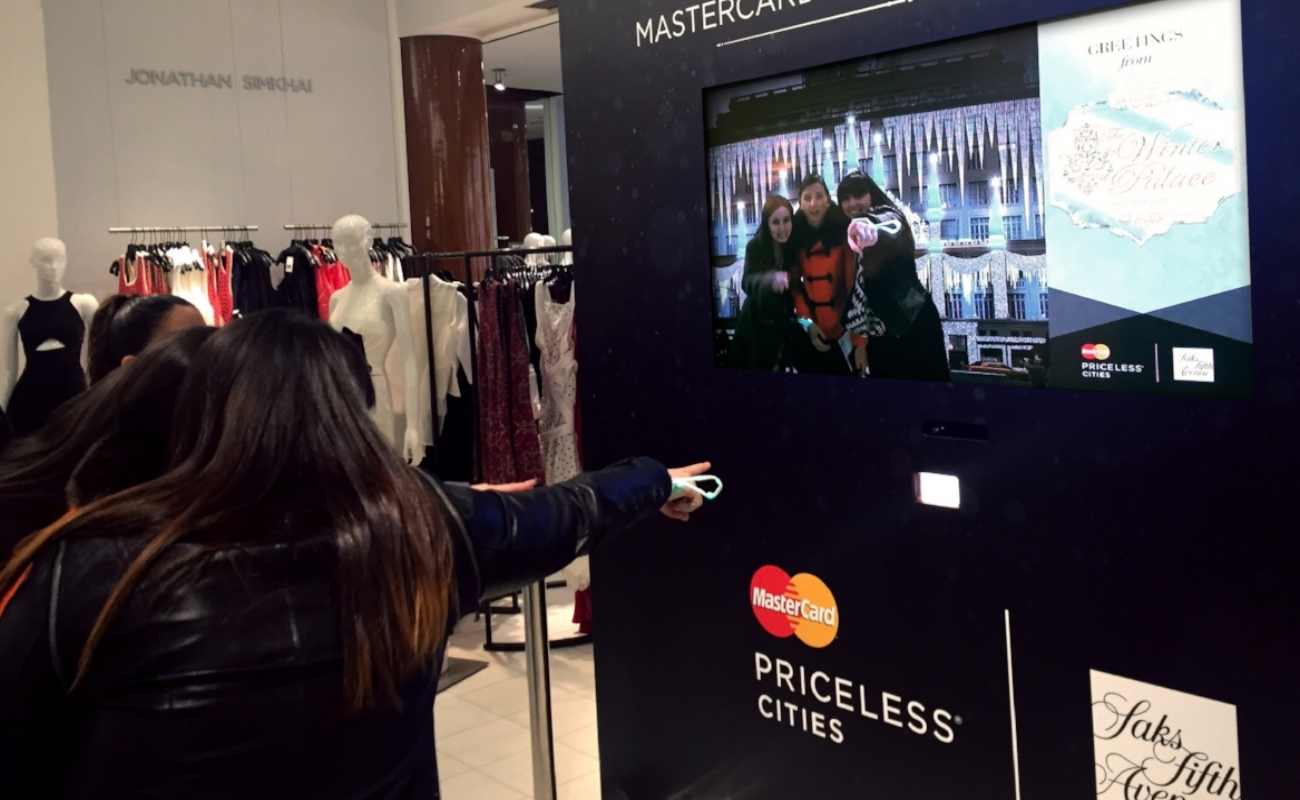 "<h1 class=""title"">MASTERCARD: #PRICELESS AT SAKS</h1><h2 class=""clients"">Octagon, Mastercard/Saks</h2><p class=""categories"">Campaign, Retail</p>"