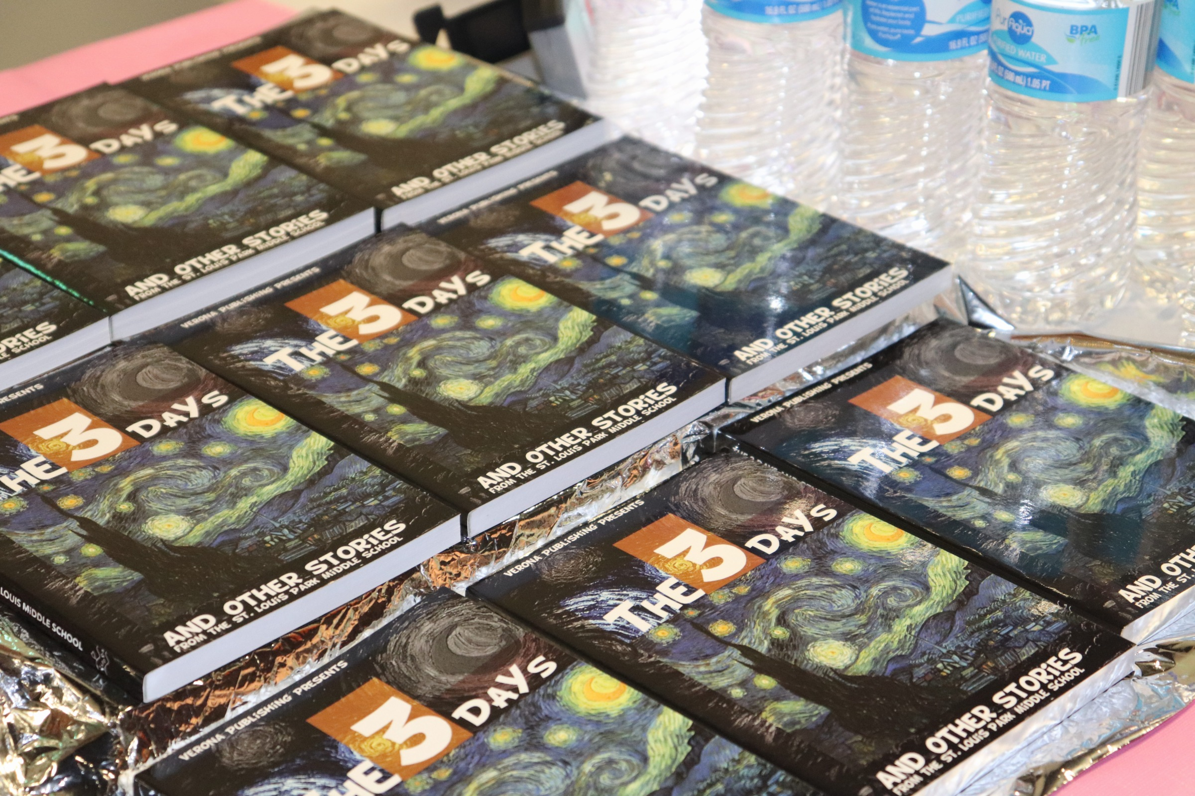 3 Days A collection of short stories written by the St. Louis Park High school students. Published by Verona Publishing.