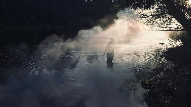 Fog test on the Lewis River for Lady of the Lake movie. Awesome lighting during magic hour. #ladyofthelakemovie #marblemountainfilms #ladyofthelake #fogger #lewisriver #woodlandwa #indiefilmmaker