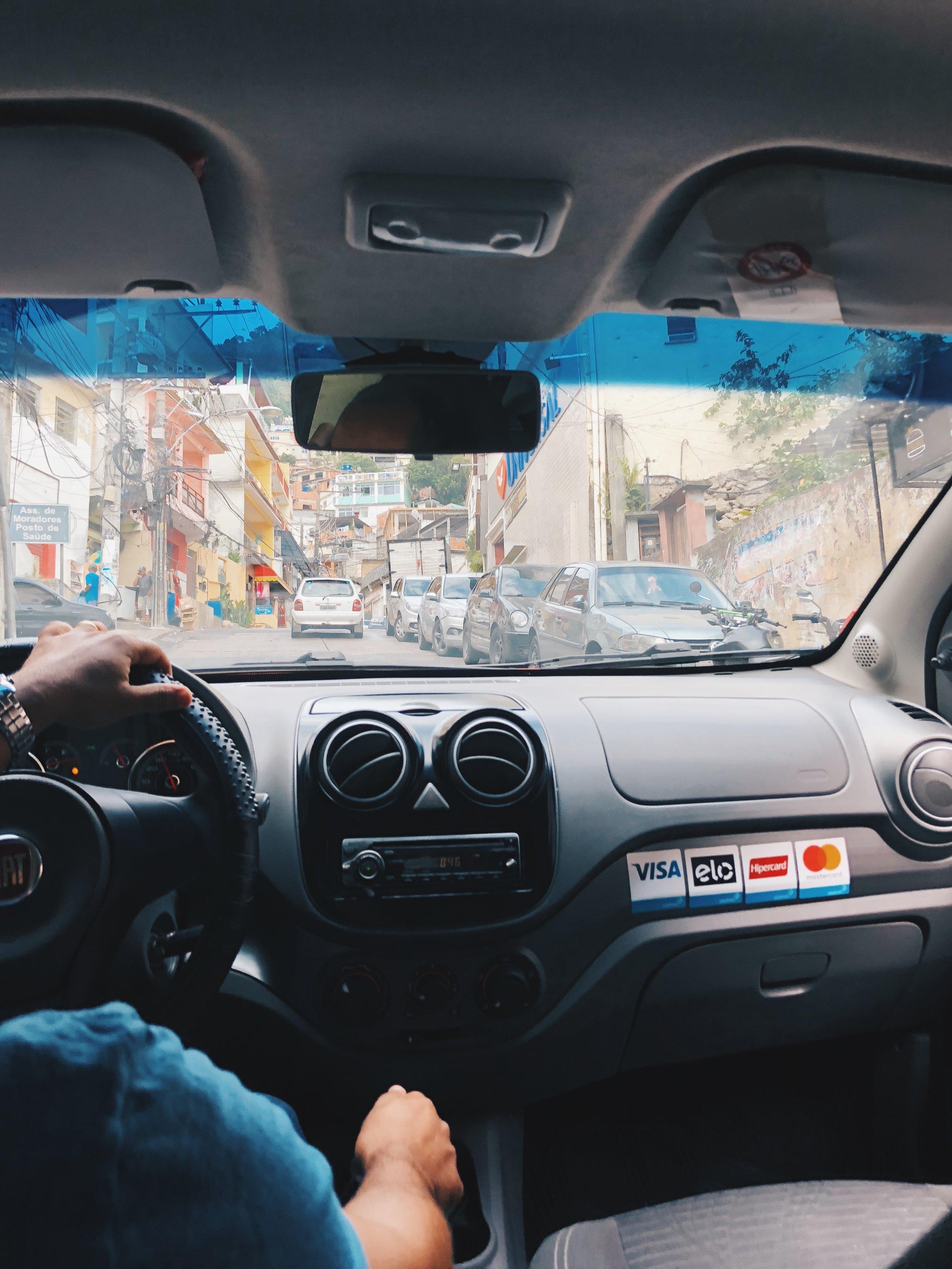 Uber ride to the Morro Dois Irmãos trial head
