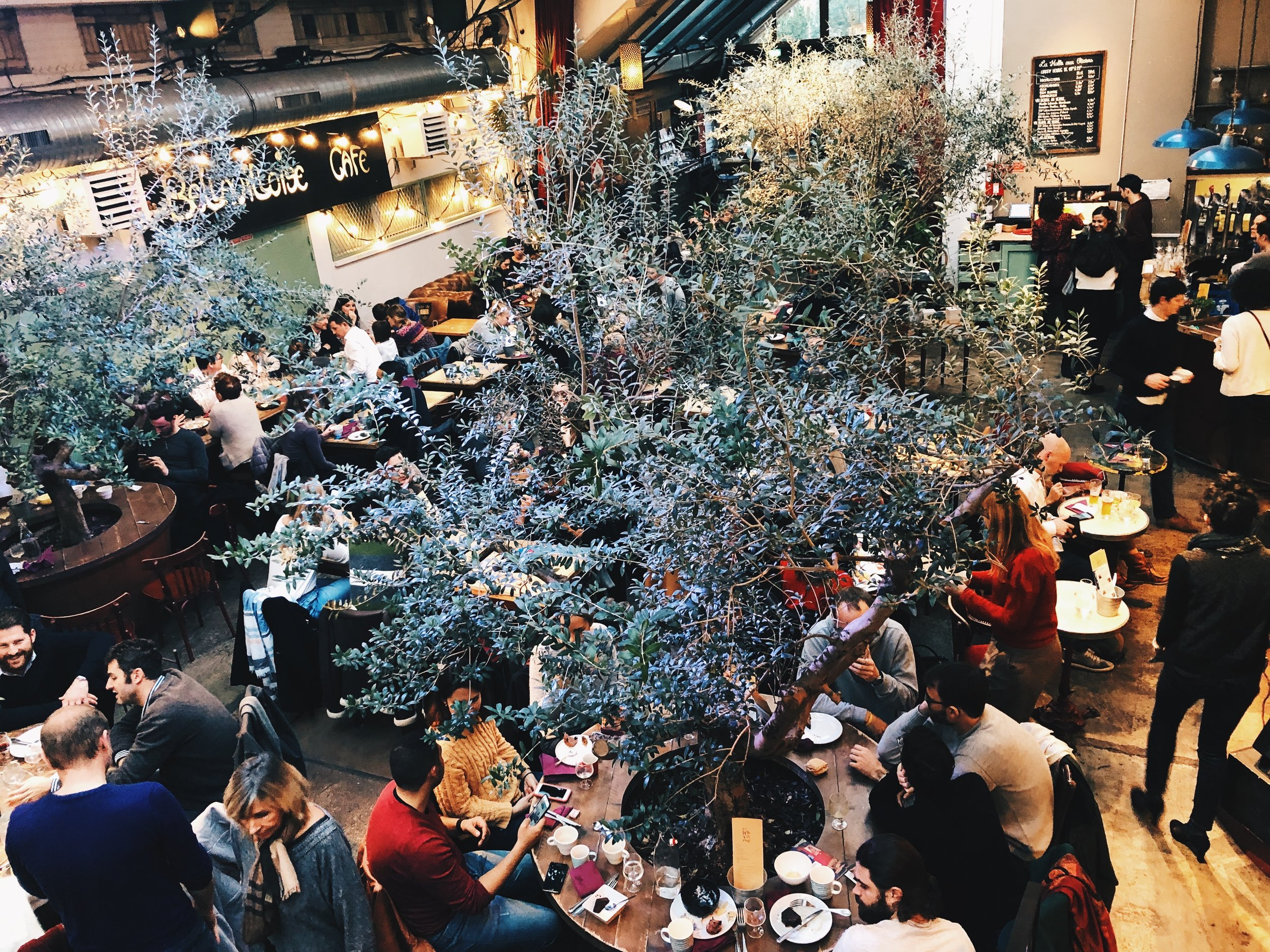 Guide to Visiting Paris in November- Places to Eat- Bellevilloise Cafe