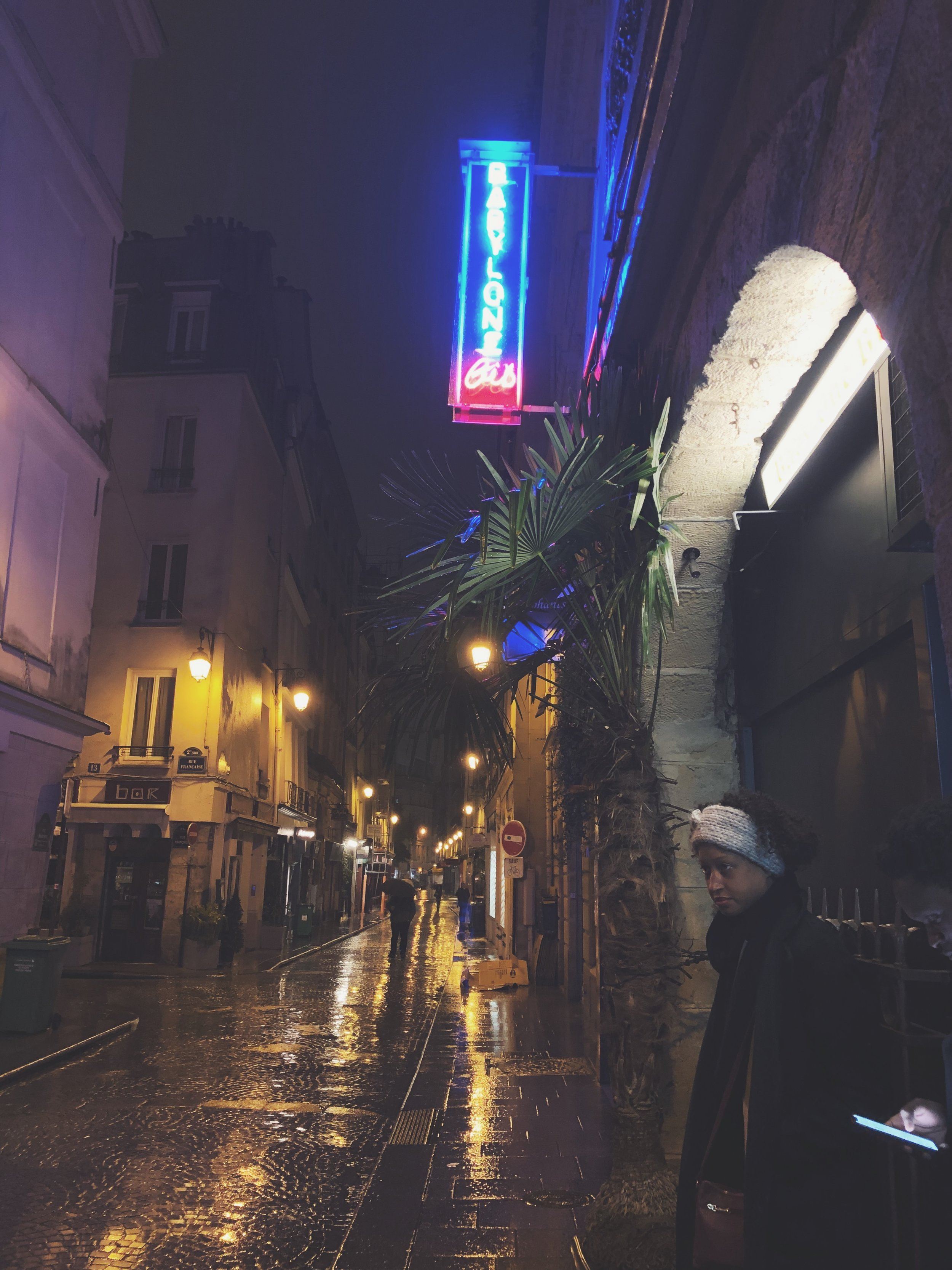 Guide to Visiting Paris in November- Places to Eat- Babylone Bis