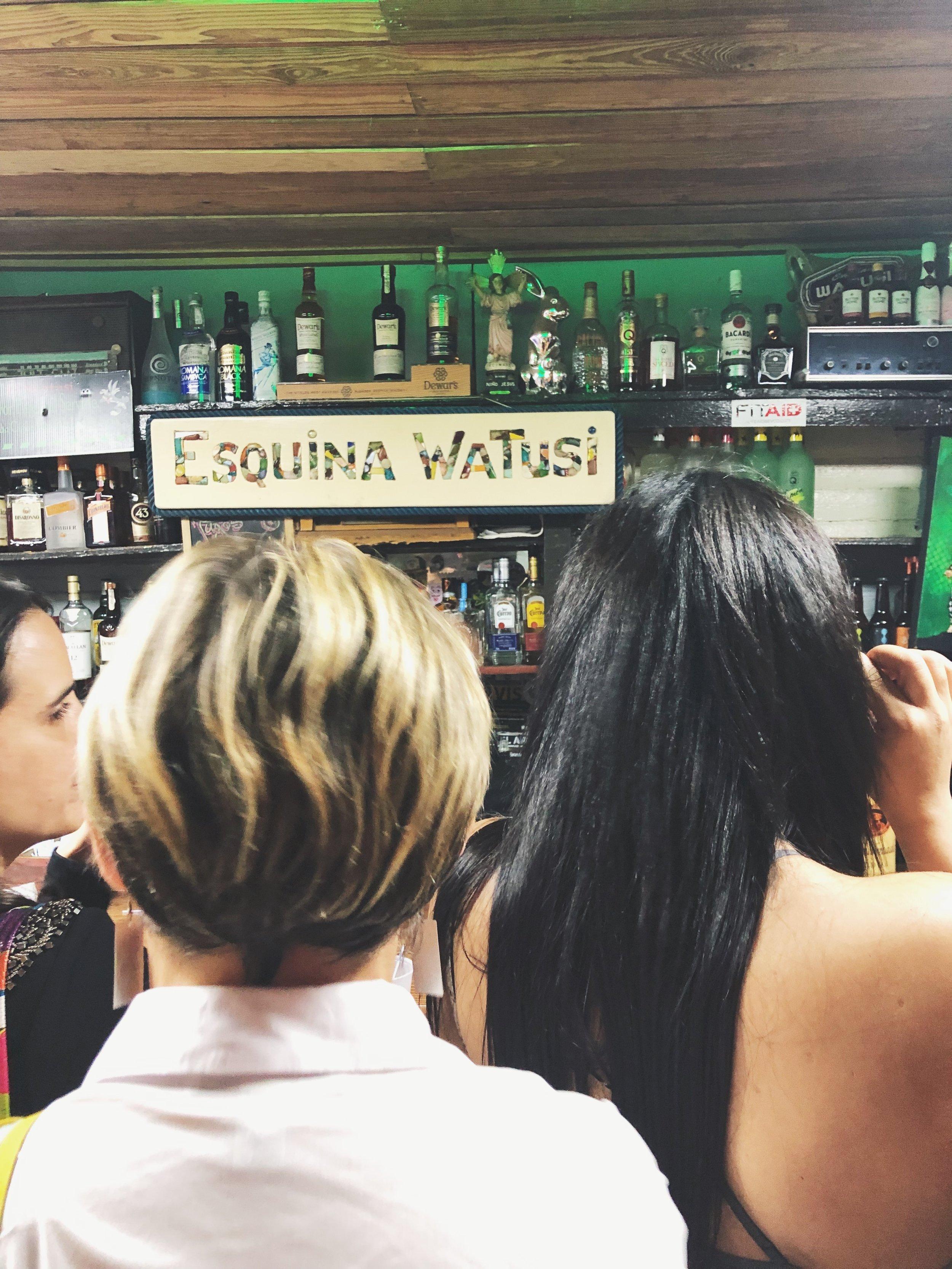 Esquina Watusi | la placita de santurce