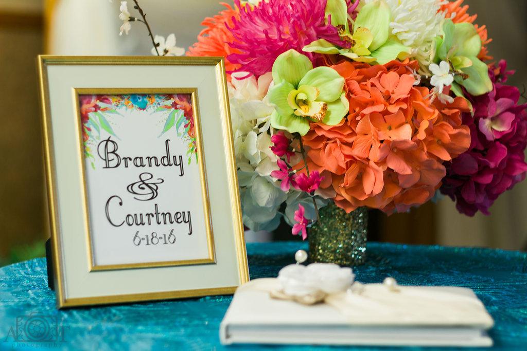 wedding-guestbook-flowers-2016-michigan-details.jpg