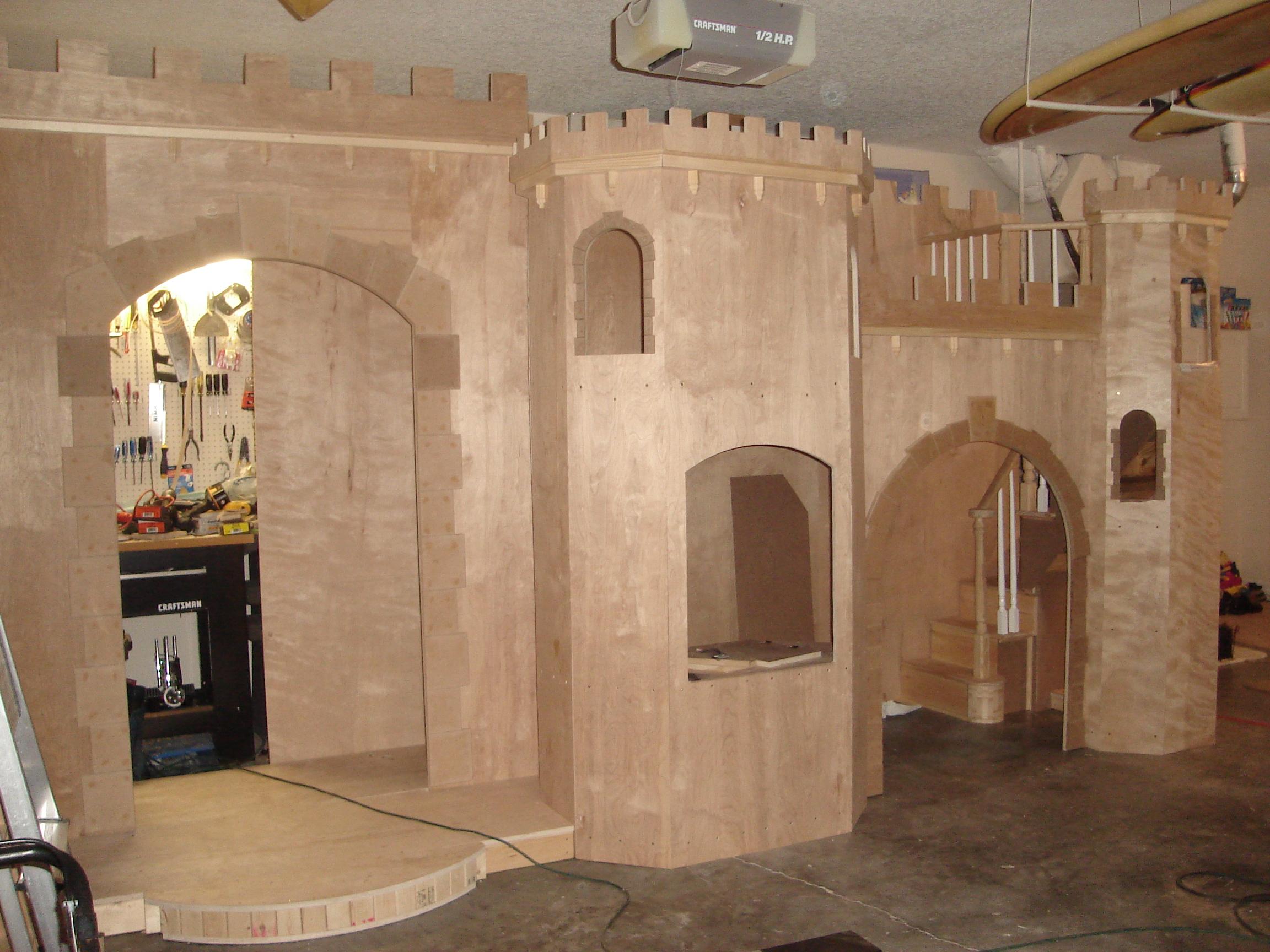 Castle under construction.JPG