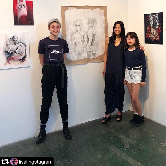 Thank you @lisalingstagram ! The girls are amazing! The show of this talented art students will be up till tomorrow at Arena1 Gallery. Santa Monica Art Studios. 3026 Airport Avenue. Santa Monica #art #santamonicaartstudios #artgallery #kidsart