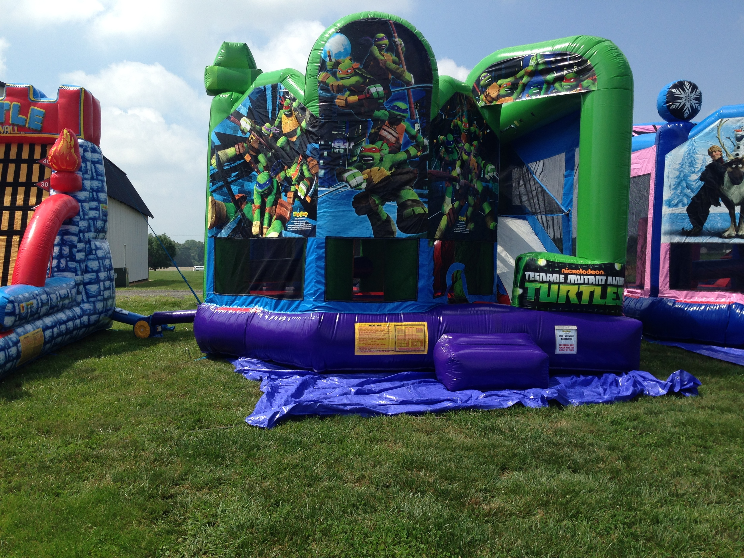 Ninja Turtle 5-in-1 moon bounce
