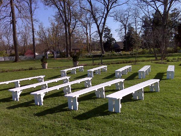 10' white bench