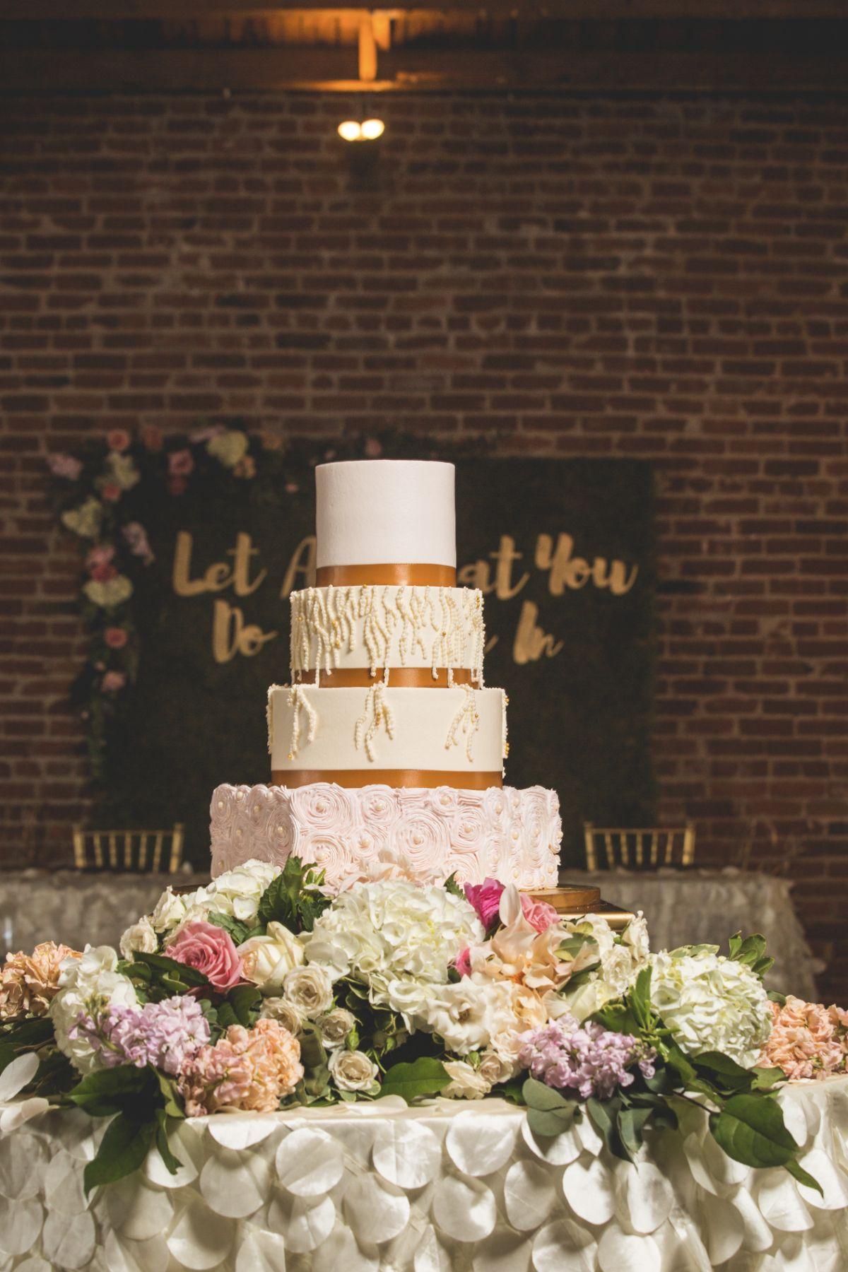 Posh and Prim - Kansas City and Detroit Wedding Planner - Photo - Reception - 30.jpg