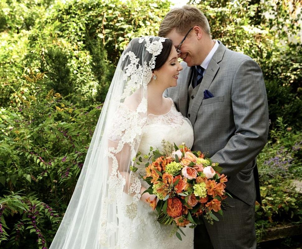 Photo Credit : Lindsay J C Lack  Website :http://lindsayjphoto.com/