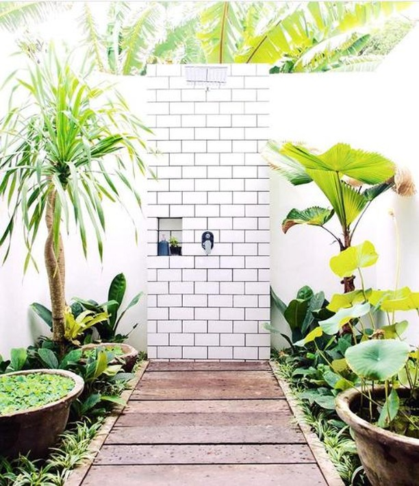 #outdoorbathroom in Bali - one day, someday, we will @fellavillas⠀⠀⠀⠀⠀⠀⠀⠀⠀ .⠀⠀⠀⠀⠀⠀⠀⠀⠀ .⠀⠀⠀⠀⠀⠀⠀⠀⠀ .⠀⠀⠀⠀⠀⠀⠀⠀⠀ .⠀⠀⠀⠀⠀⠀⠀⠀⠀ .⠀⠀⠀⠀⠀⠀⠀⠀⠀ .⠀⠀⠀⠀⠀⠀⠀⠀⠀ .⠀⠀⠀⠀⠀⠀⠀⠀⠀ .⠀⠀⠀⠀⠀⠀⠀⠀⠀ .⠀⠀⠀⠀⠀⠀⠀⠀⠀ #intouchwithnature #grounded #backtonature #bathroomdesign #sundayvibes #sundaymorning #SelflessSundays #sundaymood #sundays #cleanskin #skincareconsultant #skincaretips #skincareroutine #skincareaddiction #skinaddicts #simpleskincare #beautyroutine #beautytips #beautyjunkie #bespokeskincare #customised #custommade #personalservice #facial #skincareguru #productreview #skincarereview #skincareadvice #myroutineedit