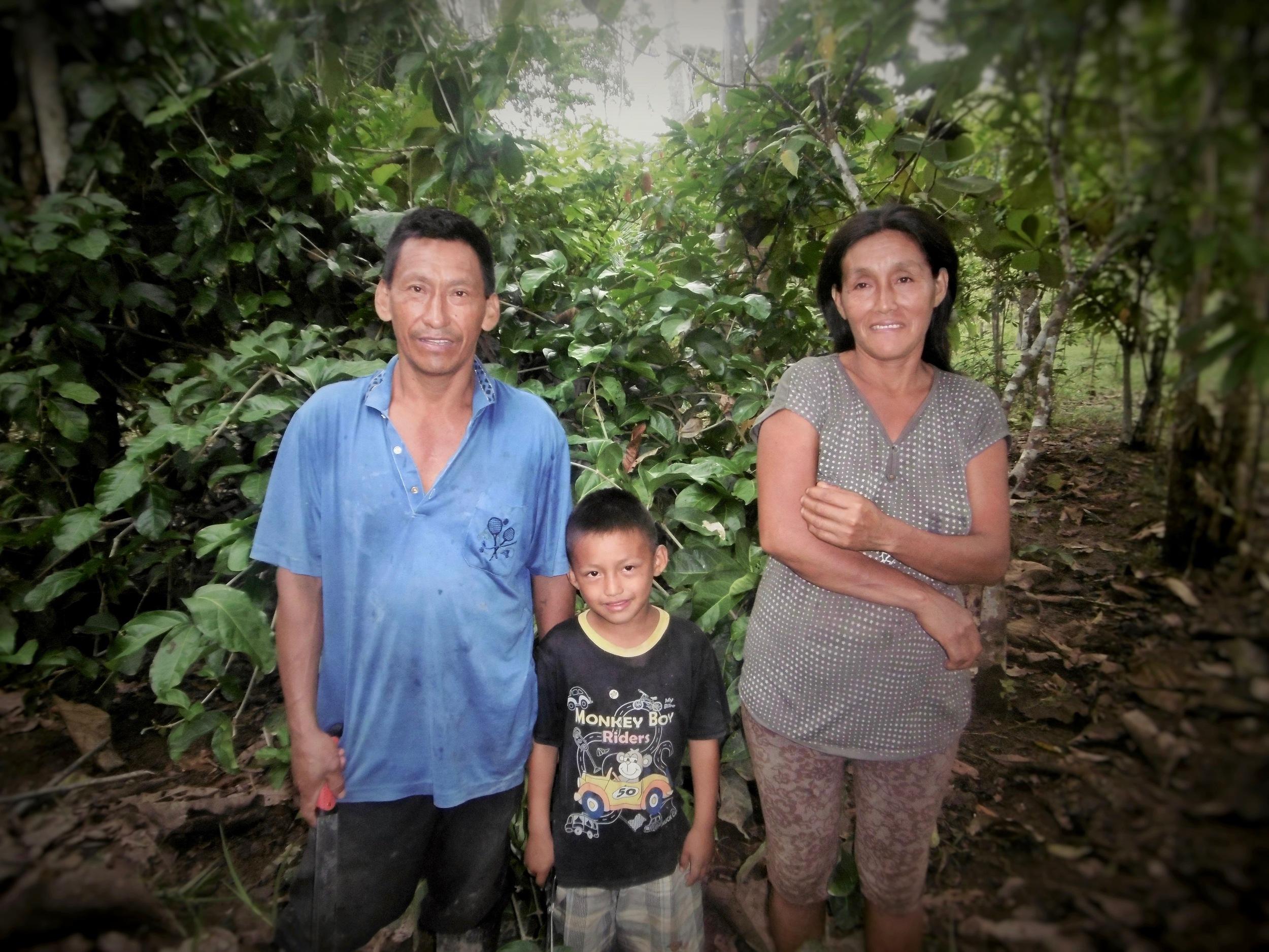 Segundo Hildo Monzombite Piña y su familia – Santa Rosa