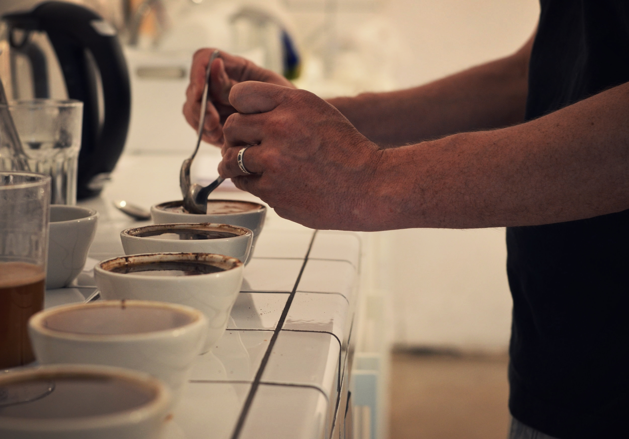 Cupping during a training session by Esperanza Café at  MOB&PAU