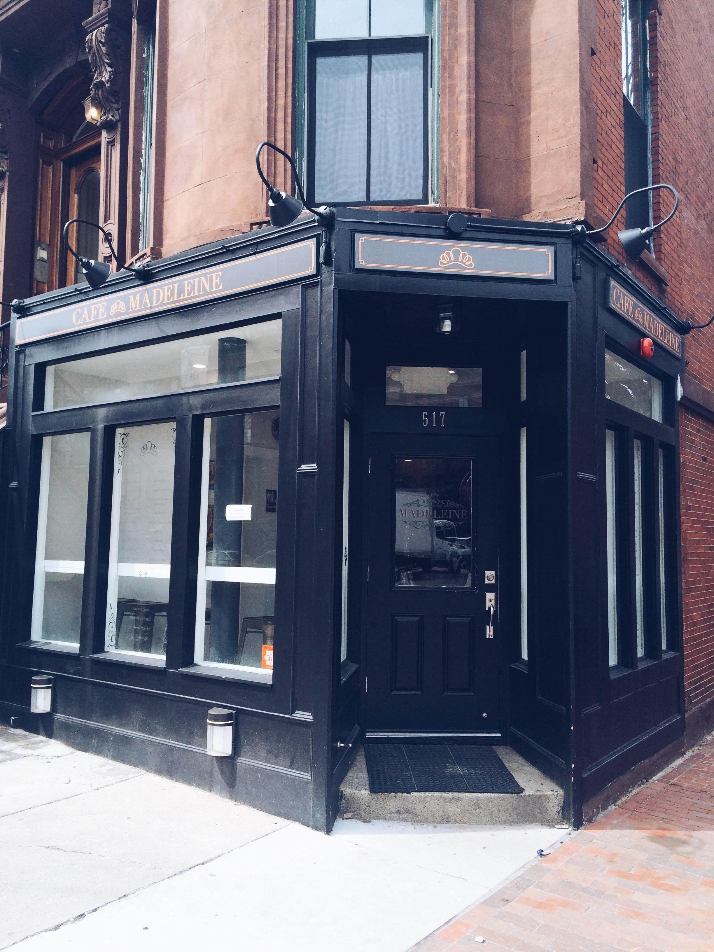 Bienvenue Au Cafe Madeleine