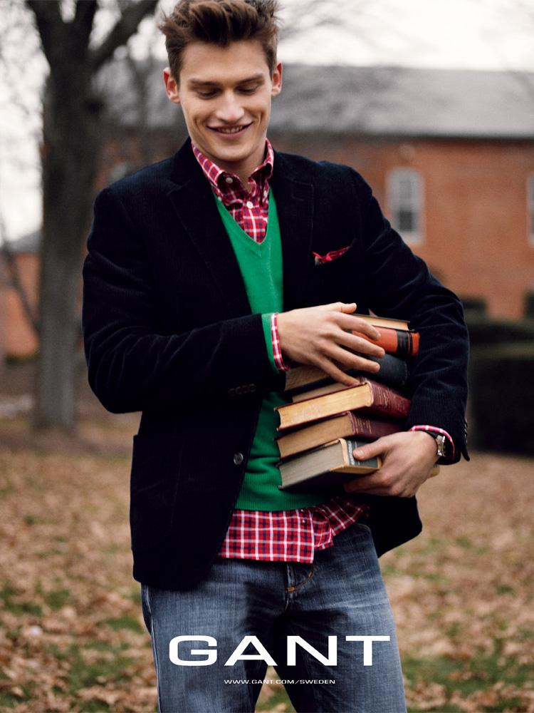 Reed_Gant_boy_books.jpg