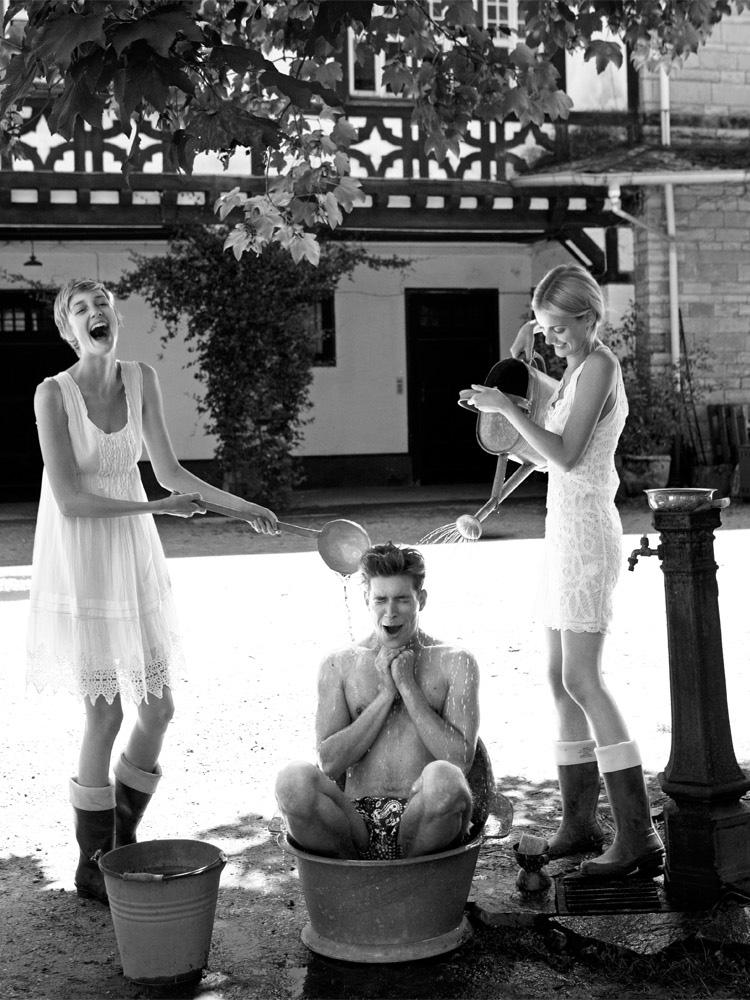 Reed_Henry_Cottons_showe_boy_girls_oldschool.jpg