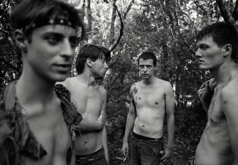 Magnus_Reed_Belgrade_trees_boys.jpg