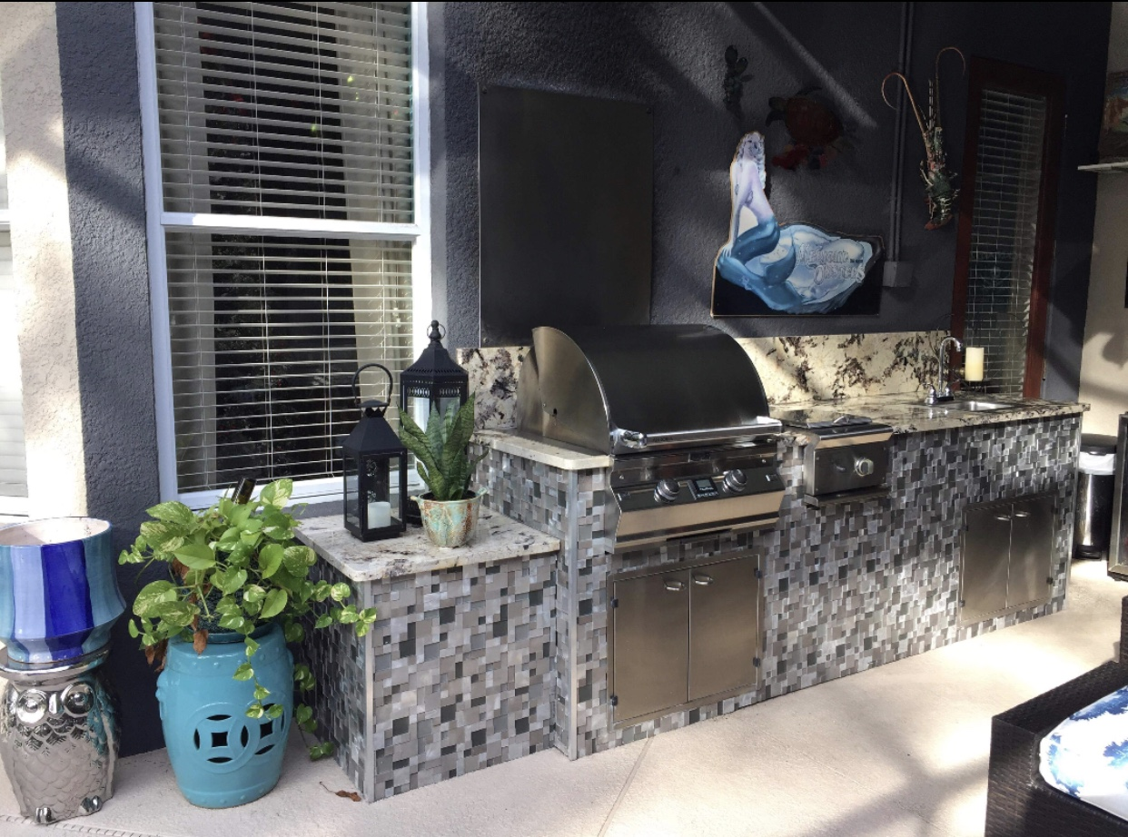 Lake Forest Outdoor Kitchen