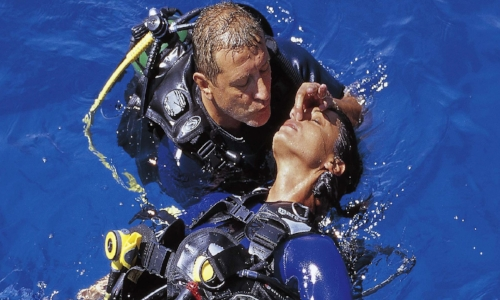Rescue Diver - Up for fun and a challenge? Expand your diving skills and become a PADI Rescue Diver on Curacao.
