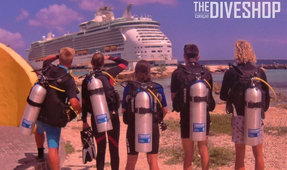 Cruise Deals - When arriving to Curacao by Cruise we have special deals for you and we organize free pick up service for divers and non-divers