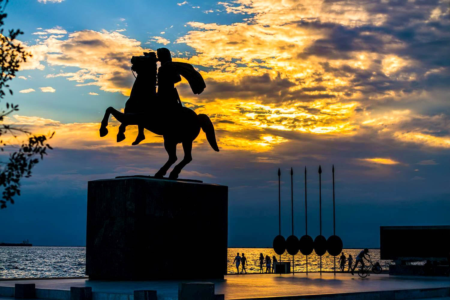 Alexander The Great Statue    The imposing bronze statue of Alexander the Great riding his faithful companion of 20 years, Bucephalus, dominates Thessaloniki's Nea Paralia, a few meters away from another city landmark, the White Tower. This is one of the city's most photographed sights, which was erected in 1973 with public fundraising. It was unveiled in 1974. The equestrian statue of the Macedonian commander was created by the sculptor Evangelos Moustakas and is the tallest in Greece, reaching almost 6.15 meters in height.