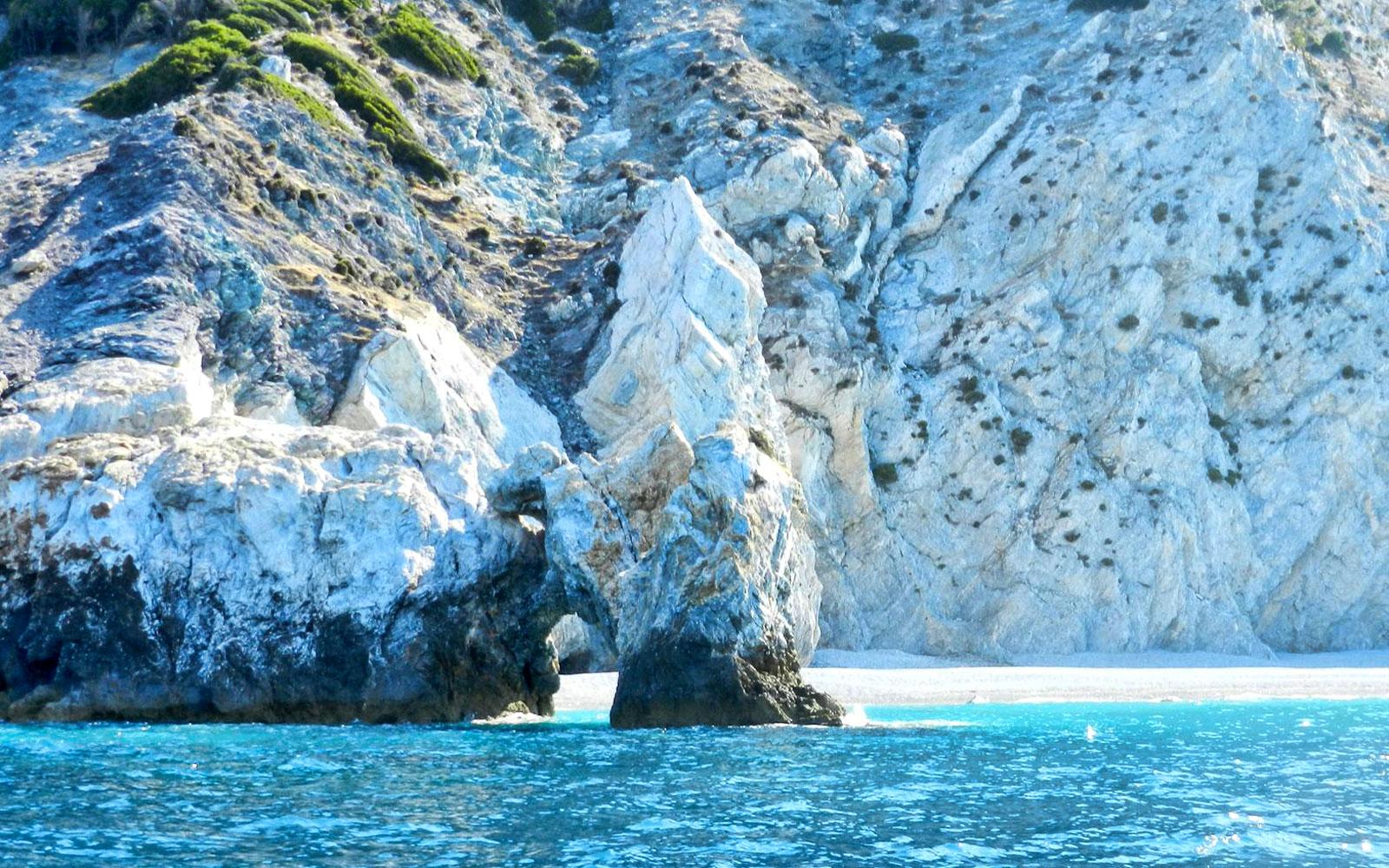 lalaria-beach-skiathos.jpg