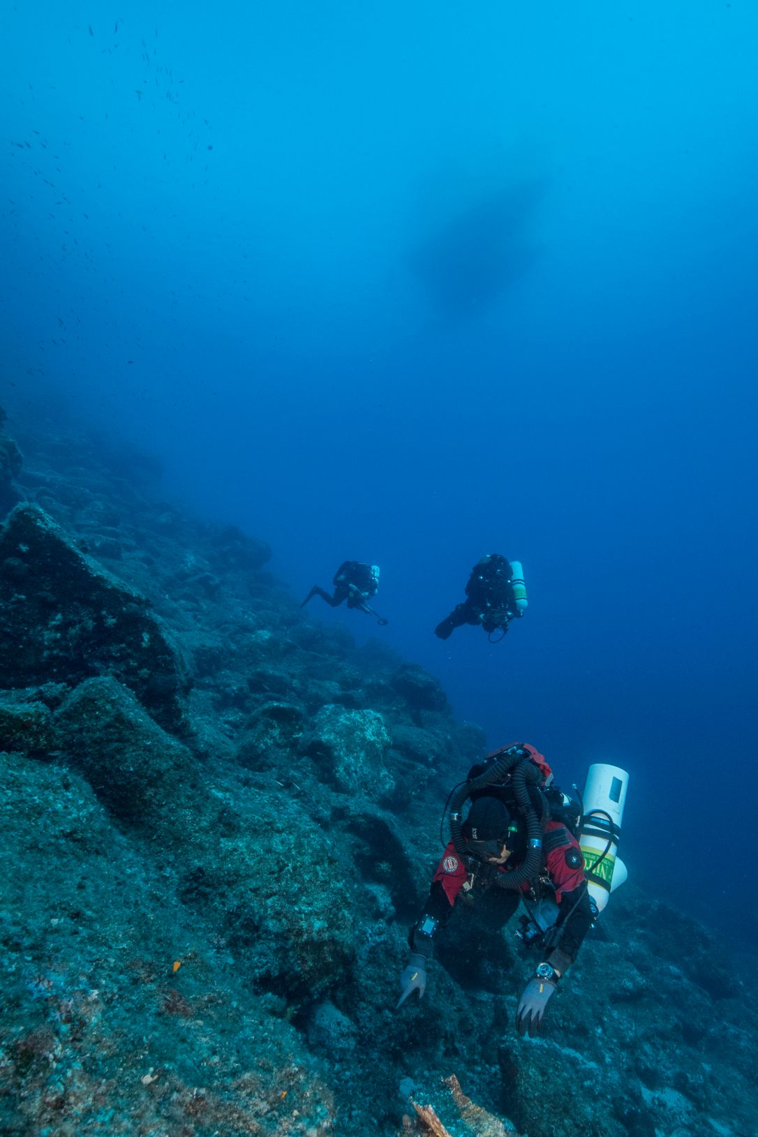 The steep slope onto which the Antikythera sank