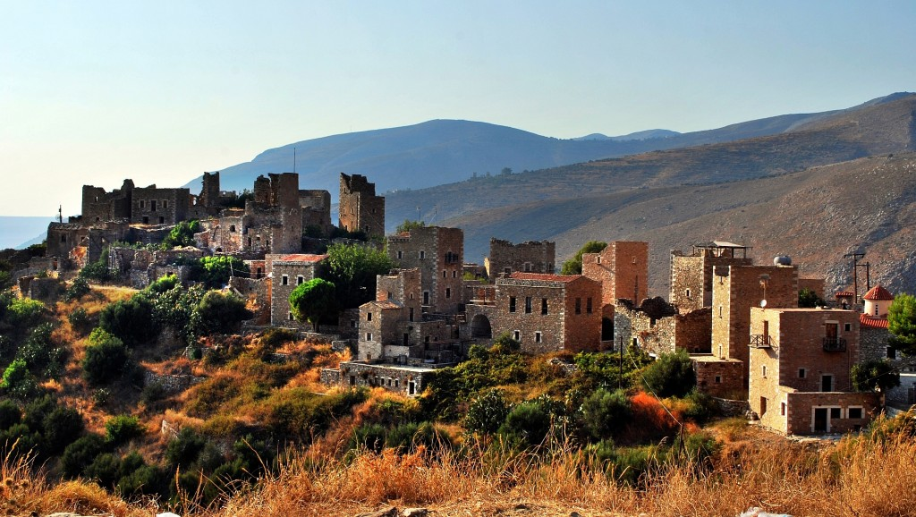 Vatheia is a village on the   Mani   Peninsula - Sheltered from the rest of the Peloponnese, the Maniots remained self-governing until the 19th Century