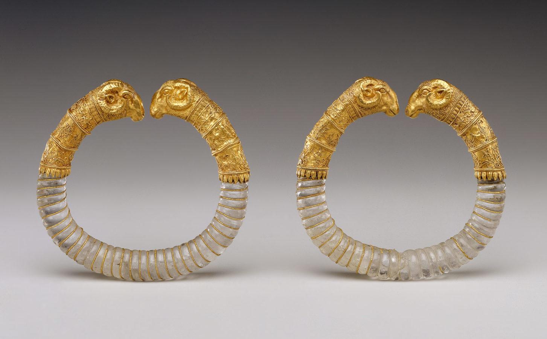 Ganymede Jewelry (bracelets), Hellenistic, ca. 330-300 BC, Metropolitan Museum of Art (Heilbrunn Timeline of Art History): New York City, 2019