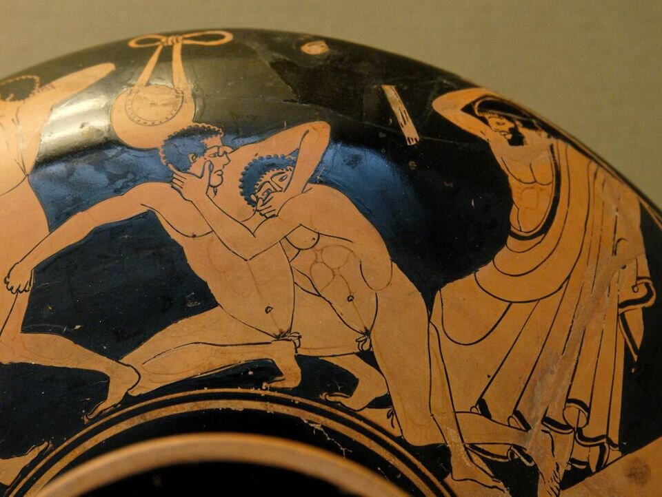 Naked pankration wrestlers on a ceramic kylix, ca. 480 BC. London, British Museum