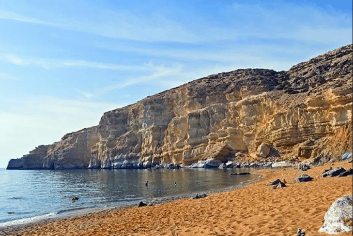 Camping beach - Antiparos2.png