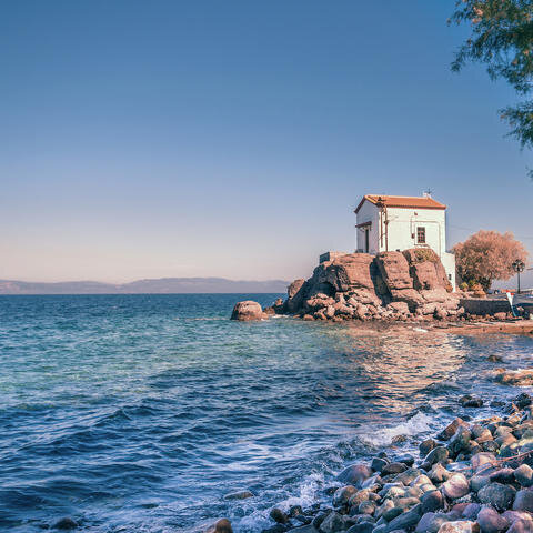 119903-lesvos-greece-sea.jpg