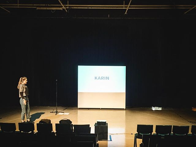 Thanks to @upsurgefestival and Kerikeri High for the hospitality yesterday! Got to korero with a bunch of students on some pretty important stuff. Here's Karin in the space beforehand, eagerly awaiting 220 Year 12s...! 📸by director @_elbishop