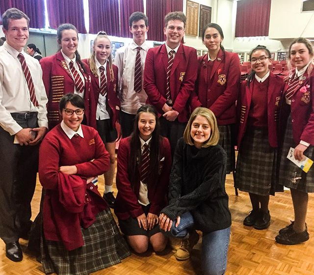 Performed at James Hargest College this morning as part of @southlandartsfest - here are some of the senior drama crew with Karin. Chur Invercargill! 😻😻