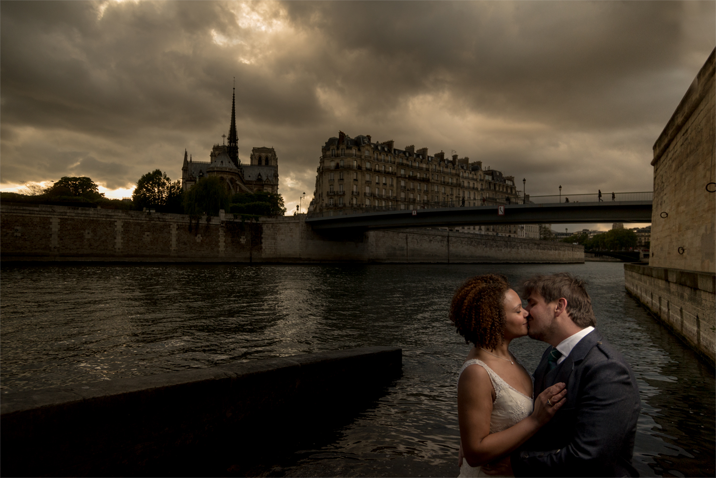 chris-wallace-wedding-photogrphy-paris-notre-dame-trash-rock-the-dress-post-wedding-shoot-banks-of-the-river-seine--.jpg