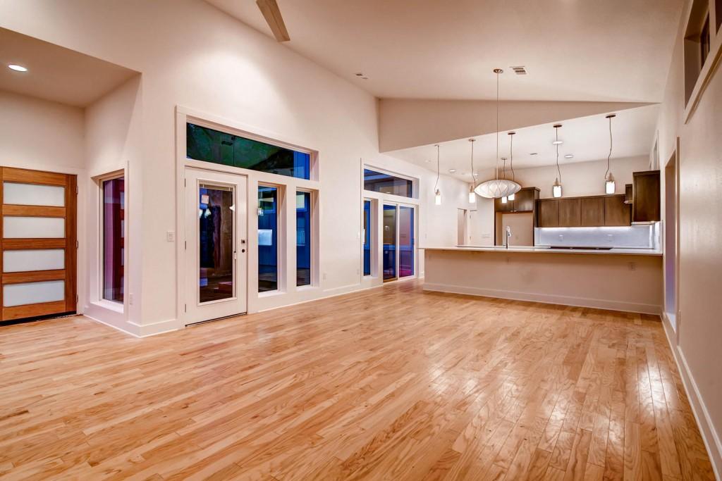 1809-Romeria-Dr-Unit-A-Austin-large-003-103-Living-Room-1499x1000-72dpi-1024x683.jpg
